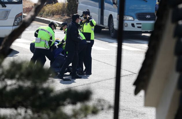 주취자 폭력 제압할 수 있는 경찰 매뉴얼