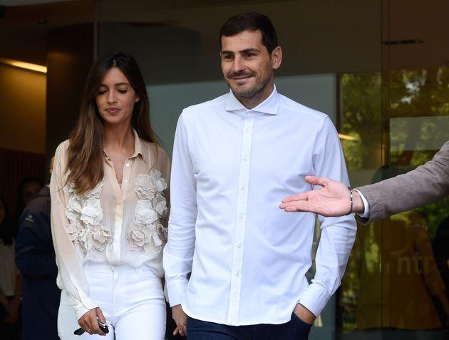 El mensaje de apoyo de Iker Casillas a Sara Carbonero después de anunciar que había sido operada de un...