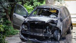 Οι «εμπρηστικοί αντιαστυνομικοί reporters» έκαψαν το αυτοκίνητο της Μίνας