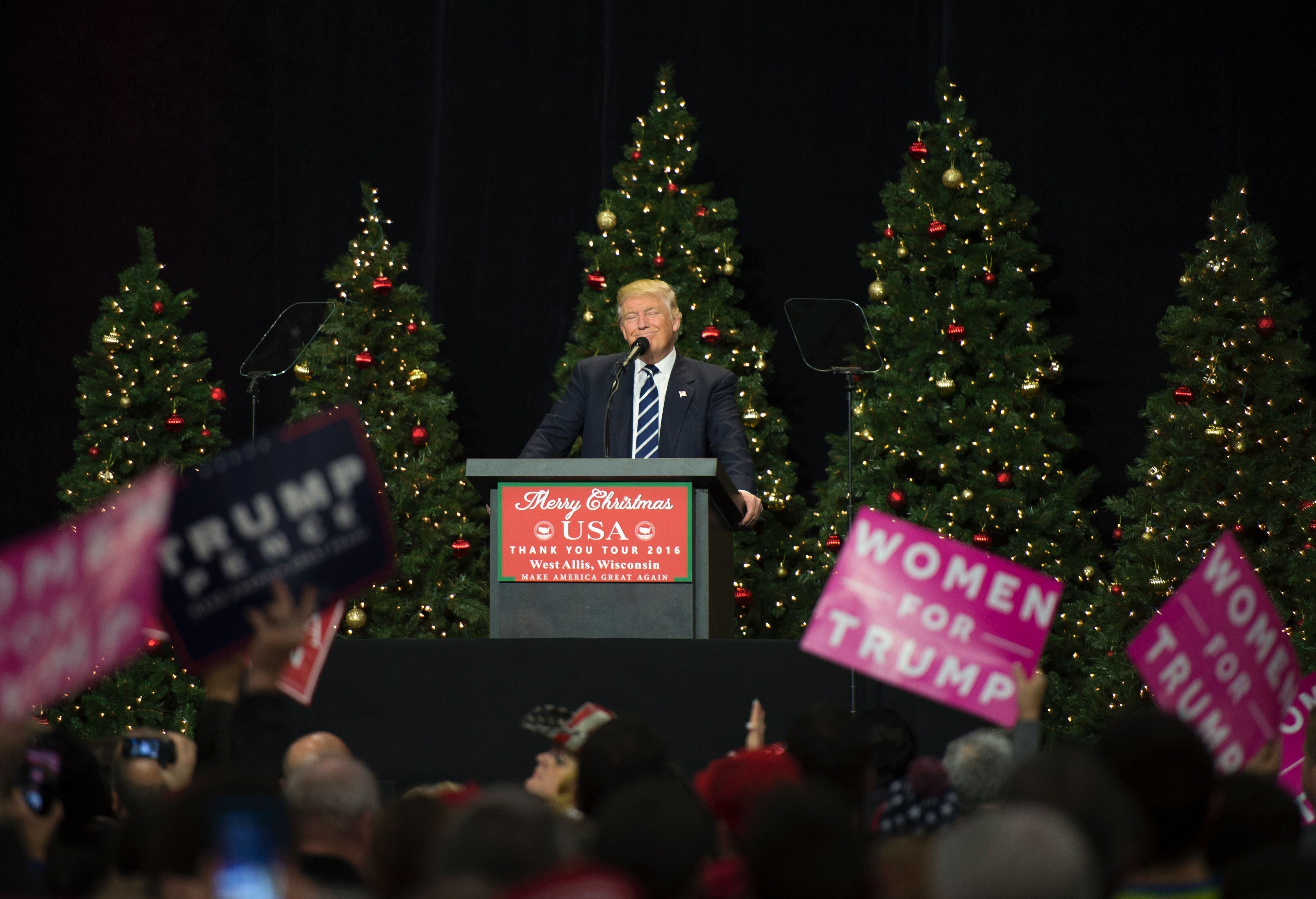 President-elect Donald Trump speaks at the USA Thank You Tour 2016 at the Wisconsin State Fair Exposition Center December 13, 2016 in West Allis, Wisconsin.  / AFP / DON EMMERT        (Photo credit should read DON EMMERT/AFP/Getty Images)