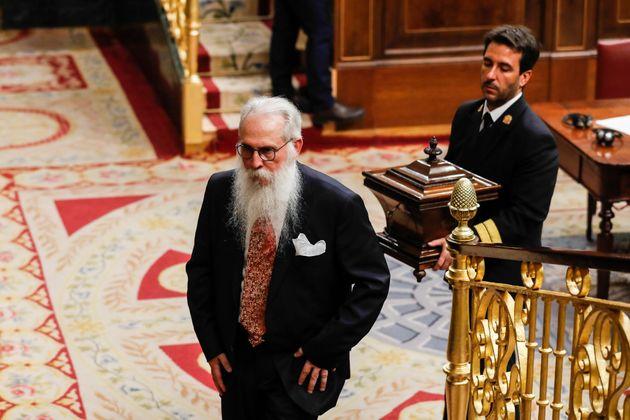 Una diputada de Podemos borra una foto con Agustín Zamarrón tras las críticas por su