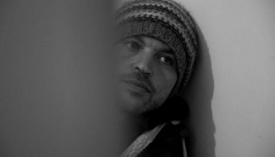 """Amin Sidi-Boumediene, réalisateur du Film Abou Leila : """"j'ai tenu à ce que le film ne prétende jamais à expliquer la décennie"""