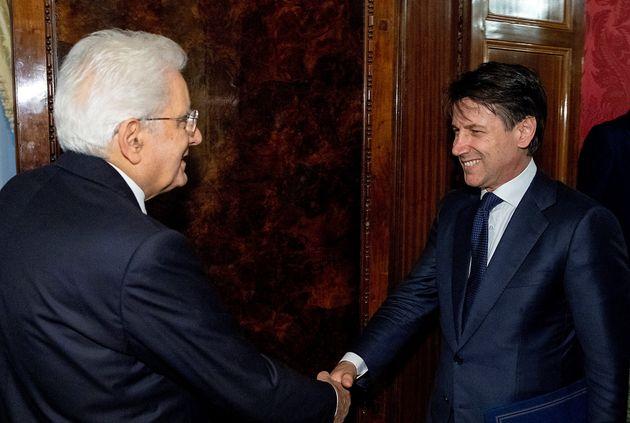 Il presidente della Repubblica Sergio Mattarella e il premier Giuseppe