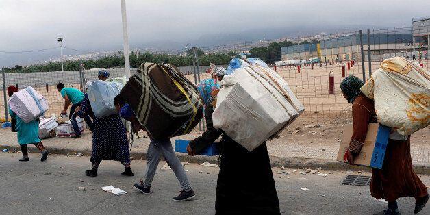 Des transporteurs de marchandise à Melilla, la soeur jumelle de Ceuta./ Photo