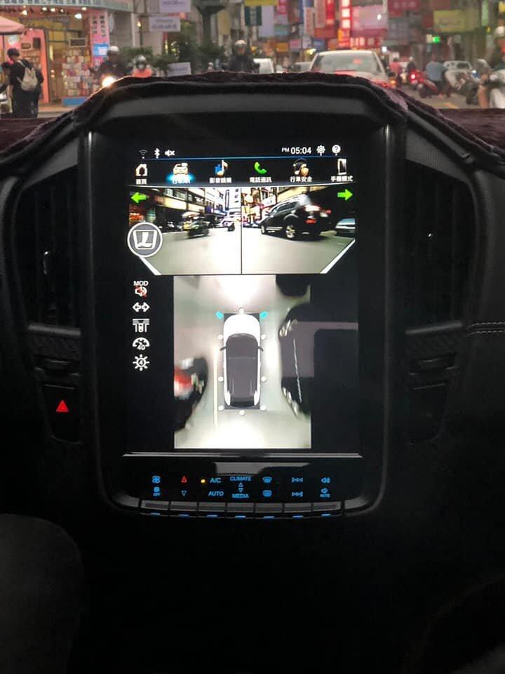 【明星聊愛車】陳立芹為家人改開Luxgen U5,遇奇葩路霸司機竟開車玩三支手機?