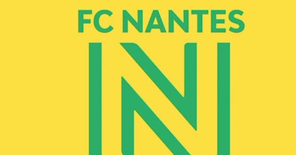 Le Nouveau Logo Du Fc Nantes Met En Colere Ses Supporteurs Le Huffpost