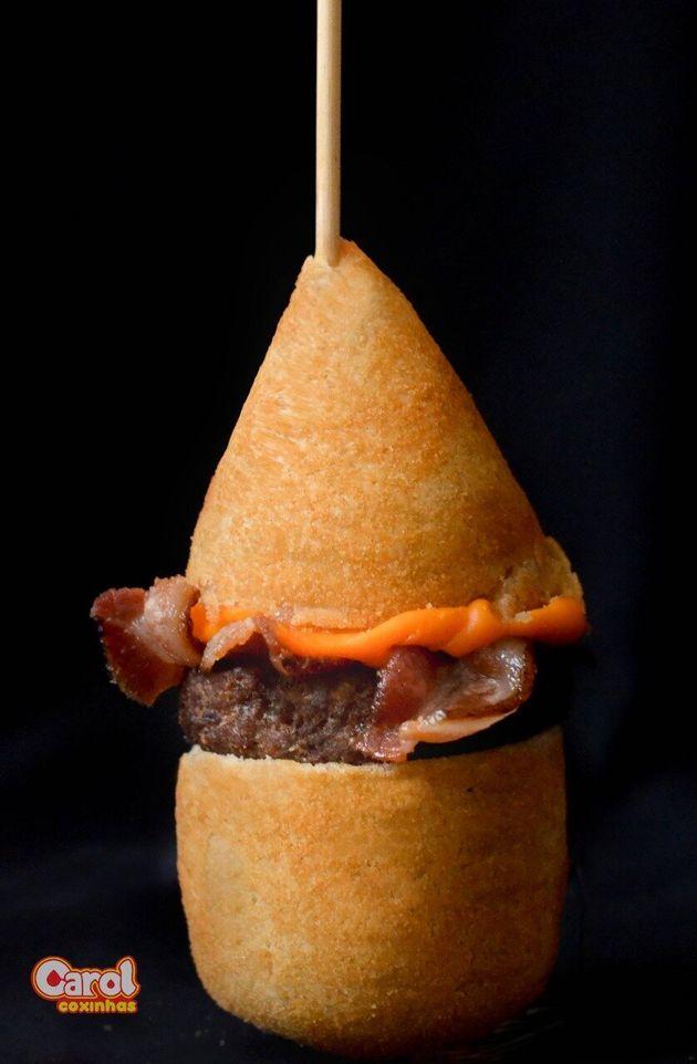 Marca lança coxinha de hambúrguer — ou seria hambúrguer de