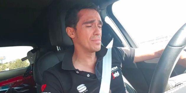 Alberto Contador se pone a cantar flamenco mientras