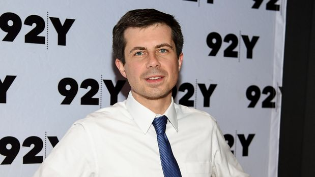 Democratic presidential candidate and Mayor of South Bend, Ind., Pete Buttigieg, poses backstage before an appearance at the 92nd Street Y on Wednesday, May 22, 2019, in New York. (Photo by Evan Agostini/Invision/AP)