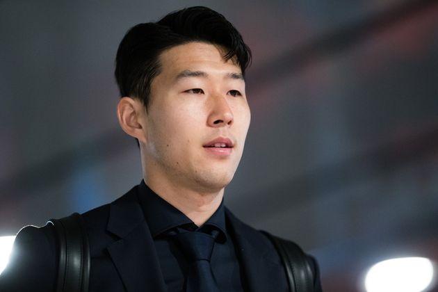 손흥민 향해 인종차별 발언한 웨스트햄 팬이 벌금형을