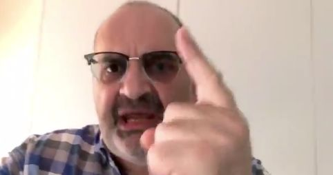Antón Losada lleva su ataque a Albert Rivera al 'trending topic' con