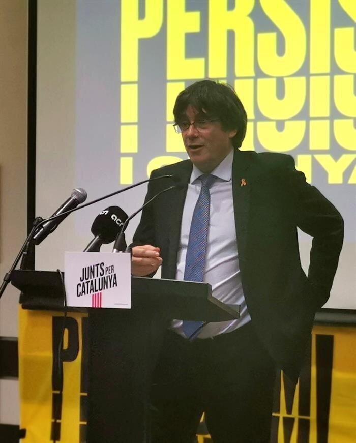 El Tribunal Supremo avala el cese de Puigdemont mediante el