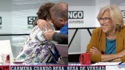 García Ferreras y Cristina Almeida se besan en 'Al Rojo Vivo':