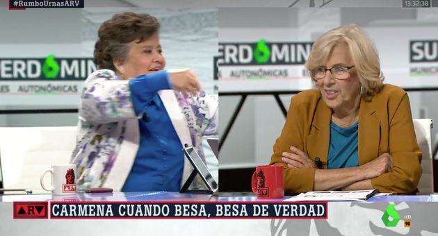 Cristina Almeida besa a Ferreras en 'Al Rojo