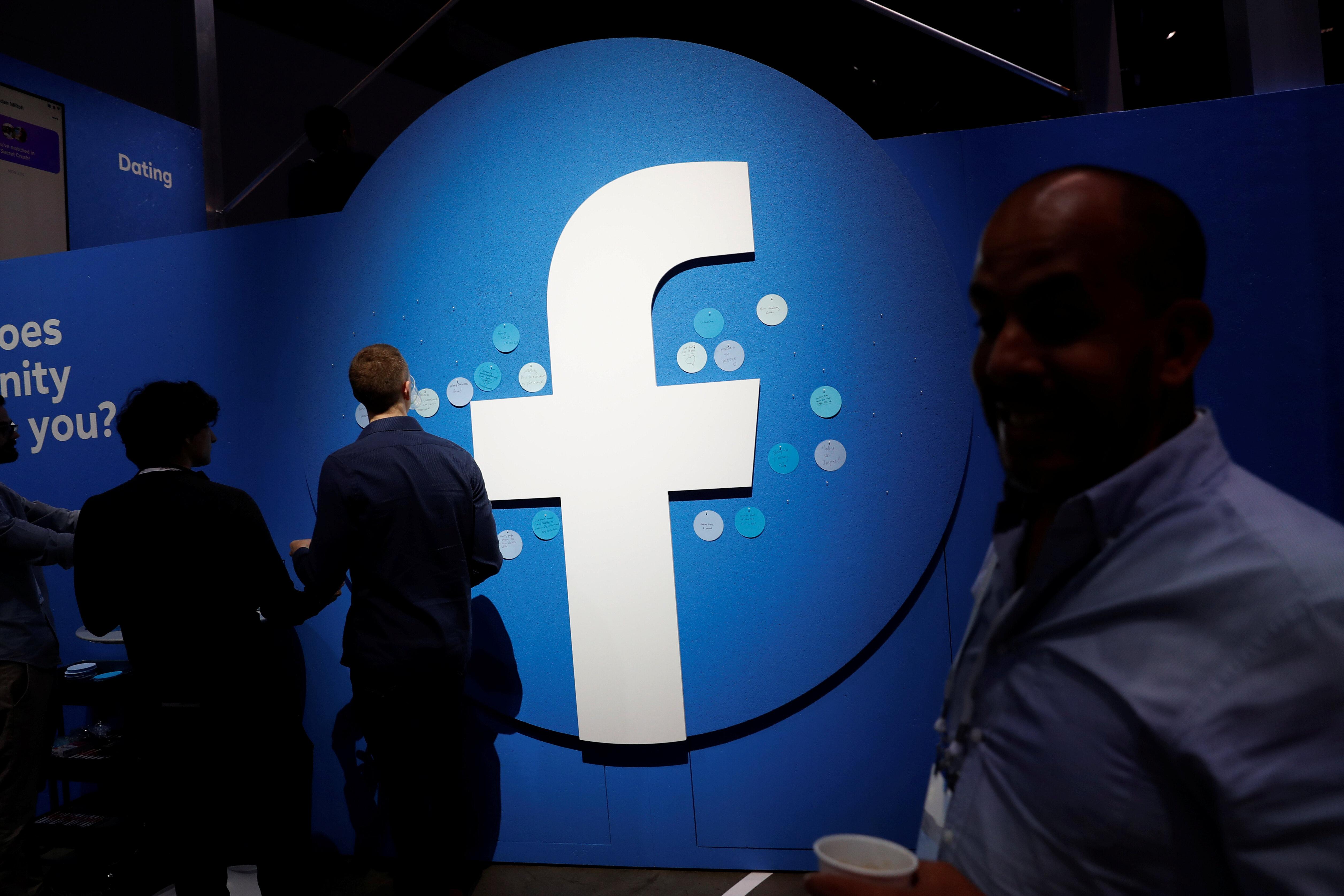 Facebook a désactivé 3 milliards de faux comptes en six