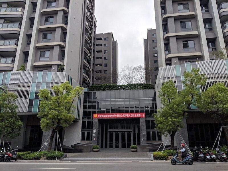 ▲位於台中市太平區的「大毅樹幸福」,為屋齡不到4年的新社區。