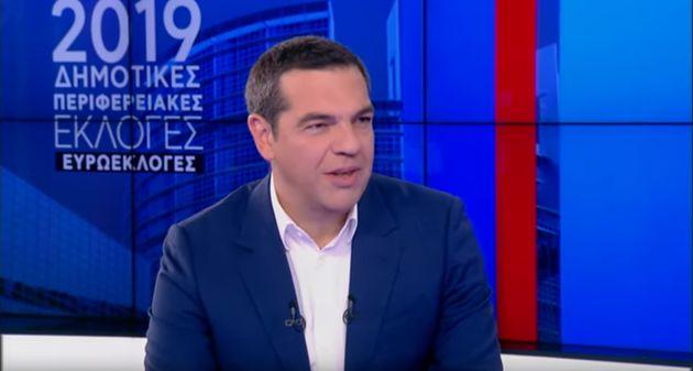 Τσίπρας: Σκέψεις για αύξηση της εθνικής σύνταξης κατά 50 ευρώ το