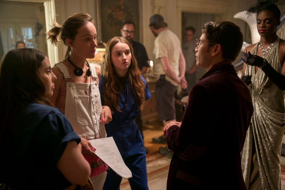"Beanie Feldstein, Olivia Wilde, Kaitlyn Dever, Noah Galvin and Austin Crute on the ""Booksmart"" set."