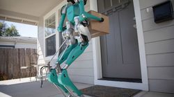 자동차 제조회사 포드가 물건 배달 로봇을