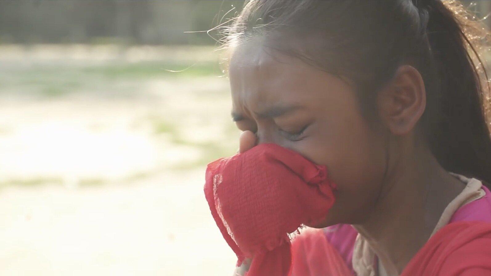 「それでもママに愛されたい」世襲セックスワーカーの街に生きる少女たち