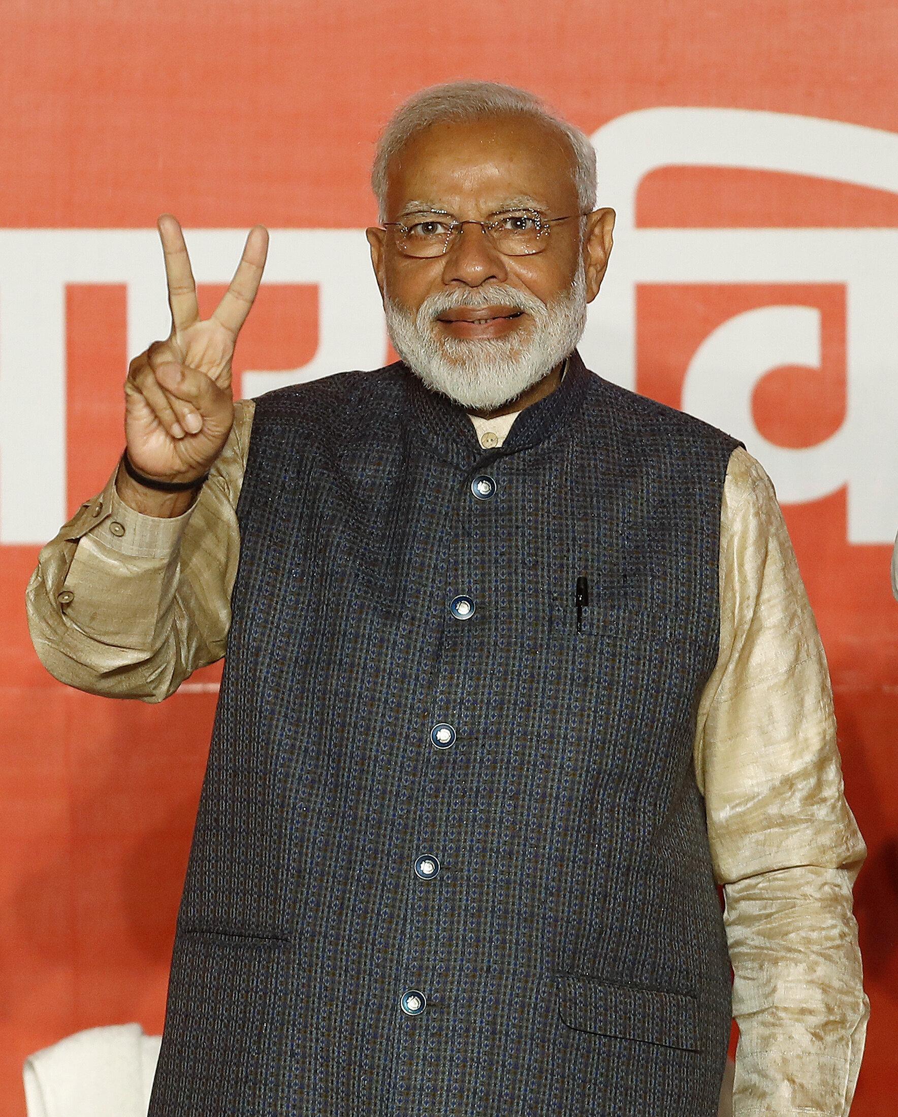 Lok Sabha Election Results Day 2 LIVE: Modi Meets Advani, MM Joshi; Raj Babbar Sends Resignation To