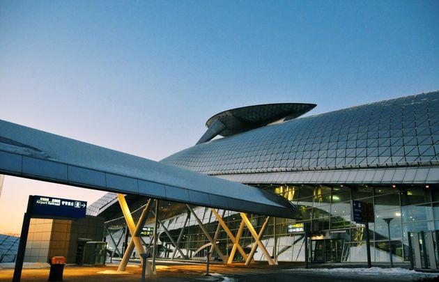 인천공항 5차례 테러 협박범을