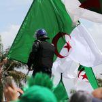 VENDREDI 14ème : Une transition pour rouvrir l'espace-nation algérien