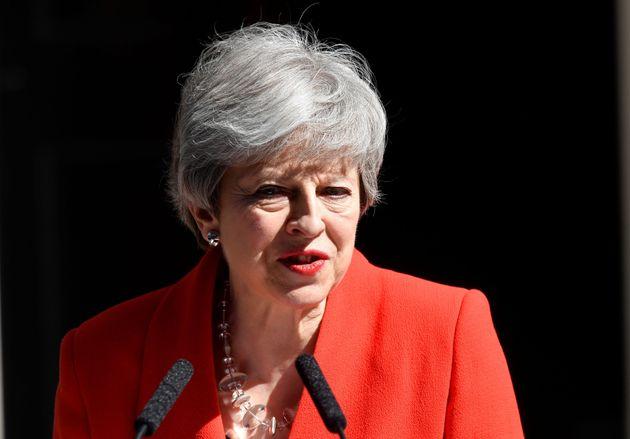 L'addio di Theresa May: la premier britannica si dimetterà il 7