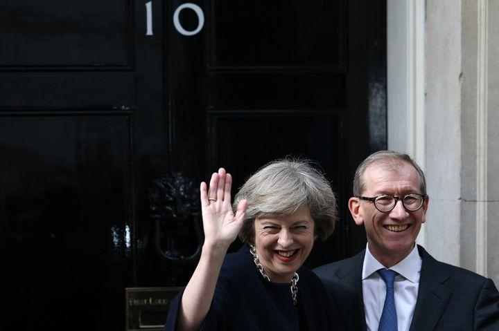 Theresa May et son époux Philip John le 13 juillet 2016, jour de sa nomination en tant que Première ministre.