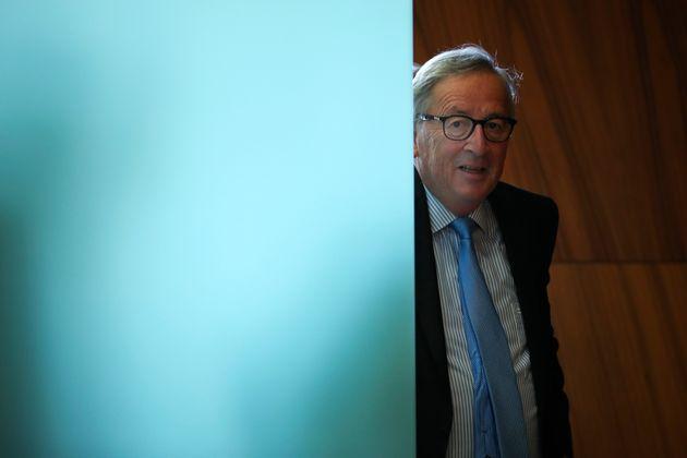 Γιούνκερ: Η Ελλάδα μπήκε στην Ευρωζώνη με παραποιημένα στοιχεία, έχω κι εγώ