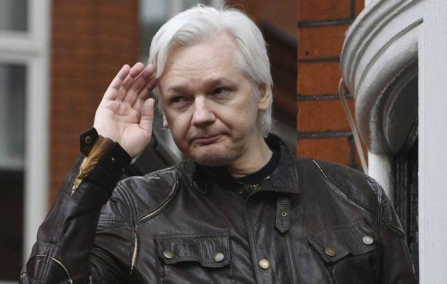 EEUU presenta 18 nuevos cargos contra Assange, entre ellos uno por