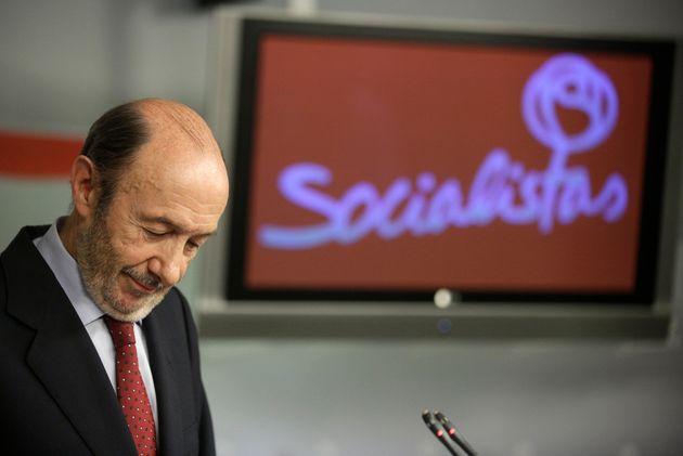 Alfredo Pérez Rubalcaba asume la derrota del