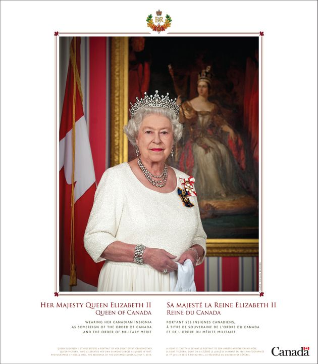 The image of the Queen is still available for download on the Heritage Canada