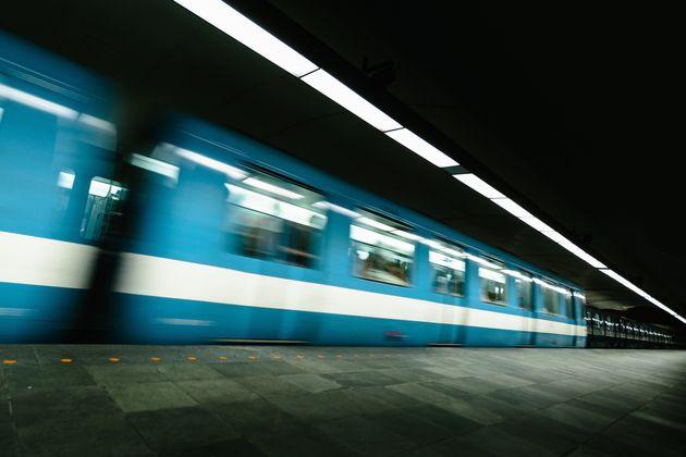 Métro: des travaux d'urgence forcent la fermeture de la station