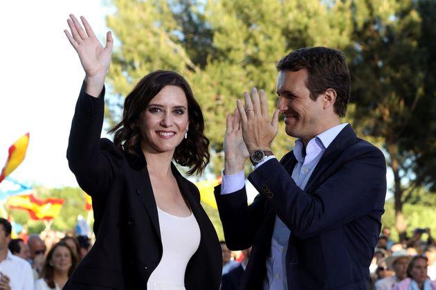 Casado cierra pidiendo confianza en el nuevo PP: