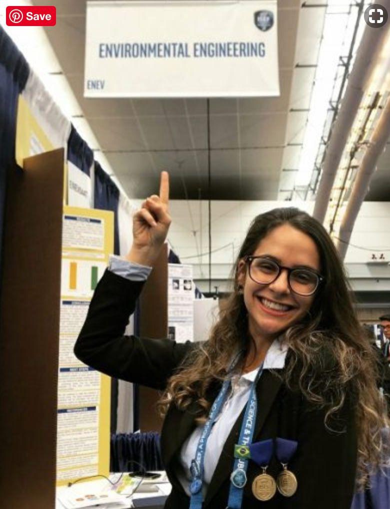 Brasileira de 18 anos ganha 1º lugar em feira de ciências e terá asteroide com seu