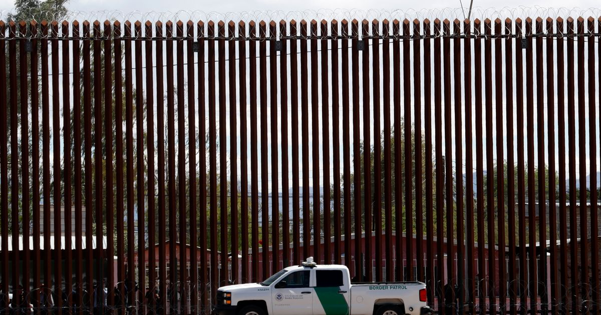 Federal Judge Issues Temporary Injunction Blocking Part Of Trump's Border Wall thumbnail