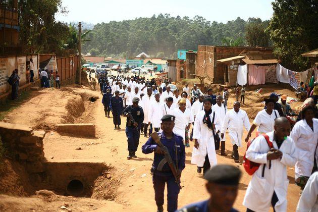 ΛΔ Κονγκό: 132 επιθέσεις κατά γιατρών και νοσηλευτών που μάχονται κατά της επιδημίας