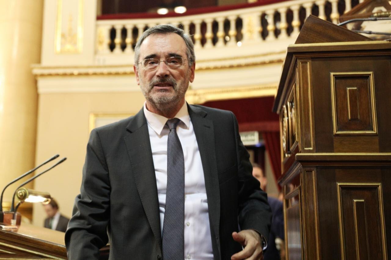 Rivera y Casado, indignados con el presidente del Senado por estas declaraciones sobre el juicio del