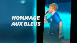 Ed Sheeran en maillot des Bleus lors d'un concert à