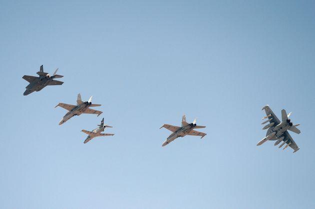 Usa-Iran, la guerra possibile passa anche per Aviano. Trump dispiegherà gli F35 in Italia
