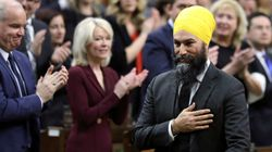 1 In 3 Canadians Wants Ban On Politicians Wearing Religious Symbols: