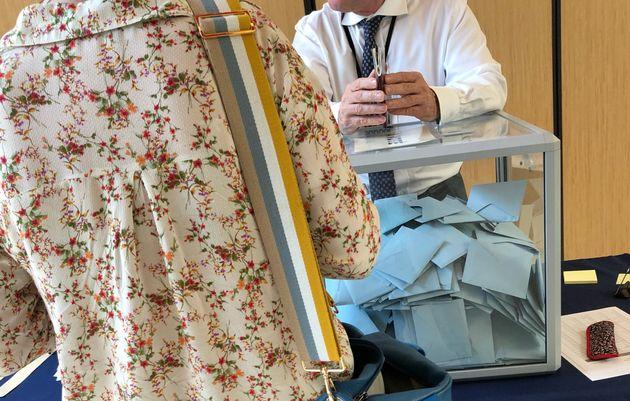 Les bureaux de vote ont ouvert en France métropolitaine à 8 heures ce dimanche (Image d'illustration:...