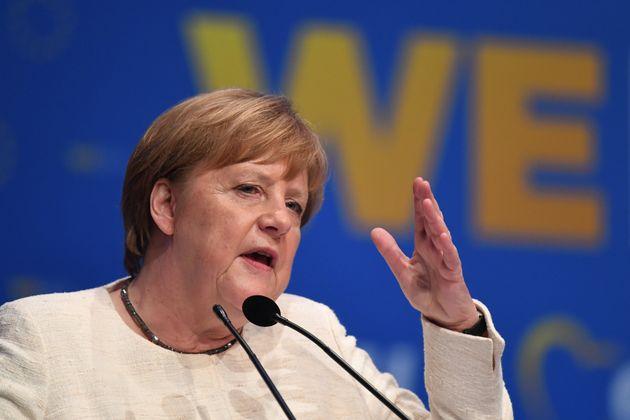 Terremoto in Germania: governo a