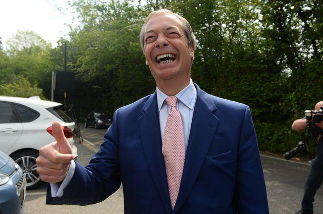 Gran Bretagna: Farage al 32%, Tory