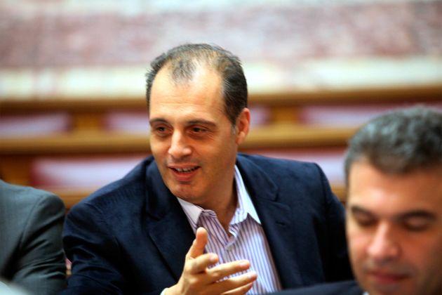Πόσα fake news έχει διασπείρει ο Κυριάκος Βελόπουλος για να αξίζει μία θέση στην Ευρωβουλή; (VIDEO)