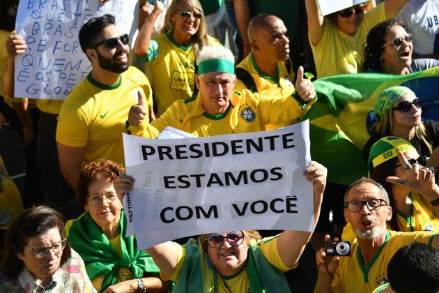 Visão simplista da política fortalece discurso de Bolsonaro contra