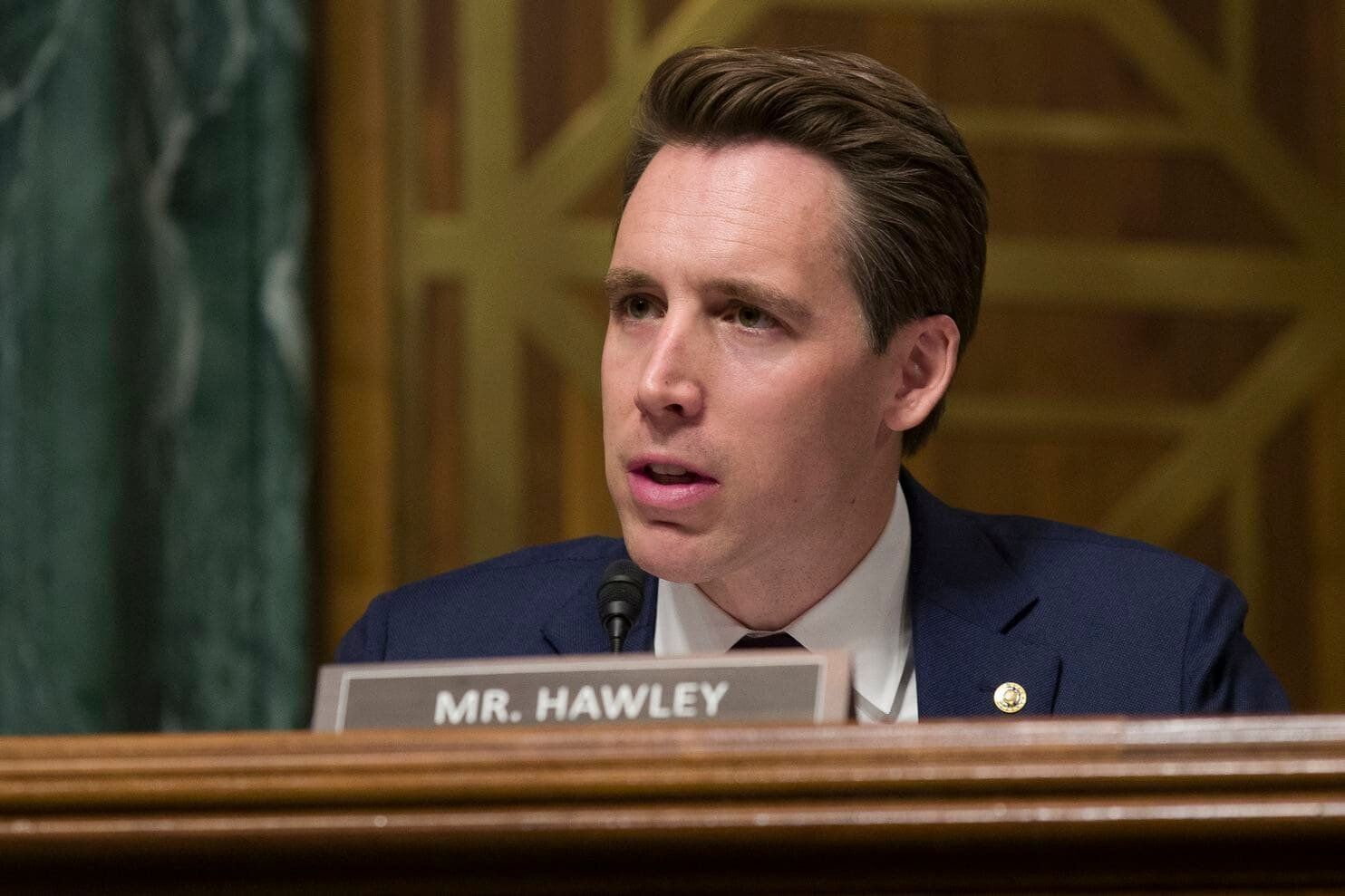 共和黨參議員 Josh Hawley