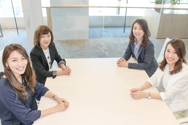 左から辰ノ口 久美子、成伯 真紀子、印藤 千絵、藤島