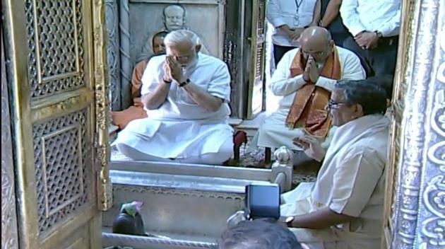 Modi Visits Varanasi To Thank Voters, Offers Prayers At Kashi Vishwanath